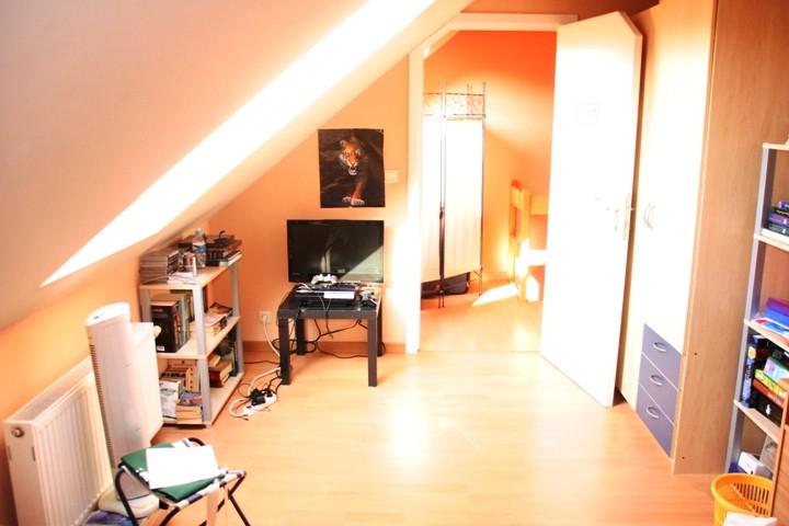 Maison - Court-Saint-Etienne - #3994138-16