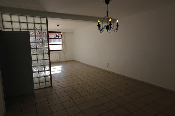 Maison - Les Bons Villers Frasneslez-Gosselies - #4083387-9